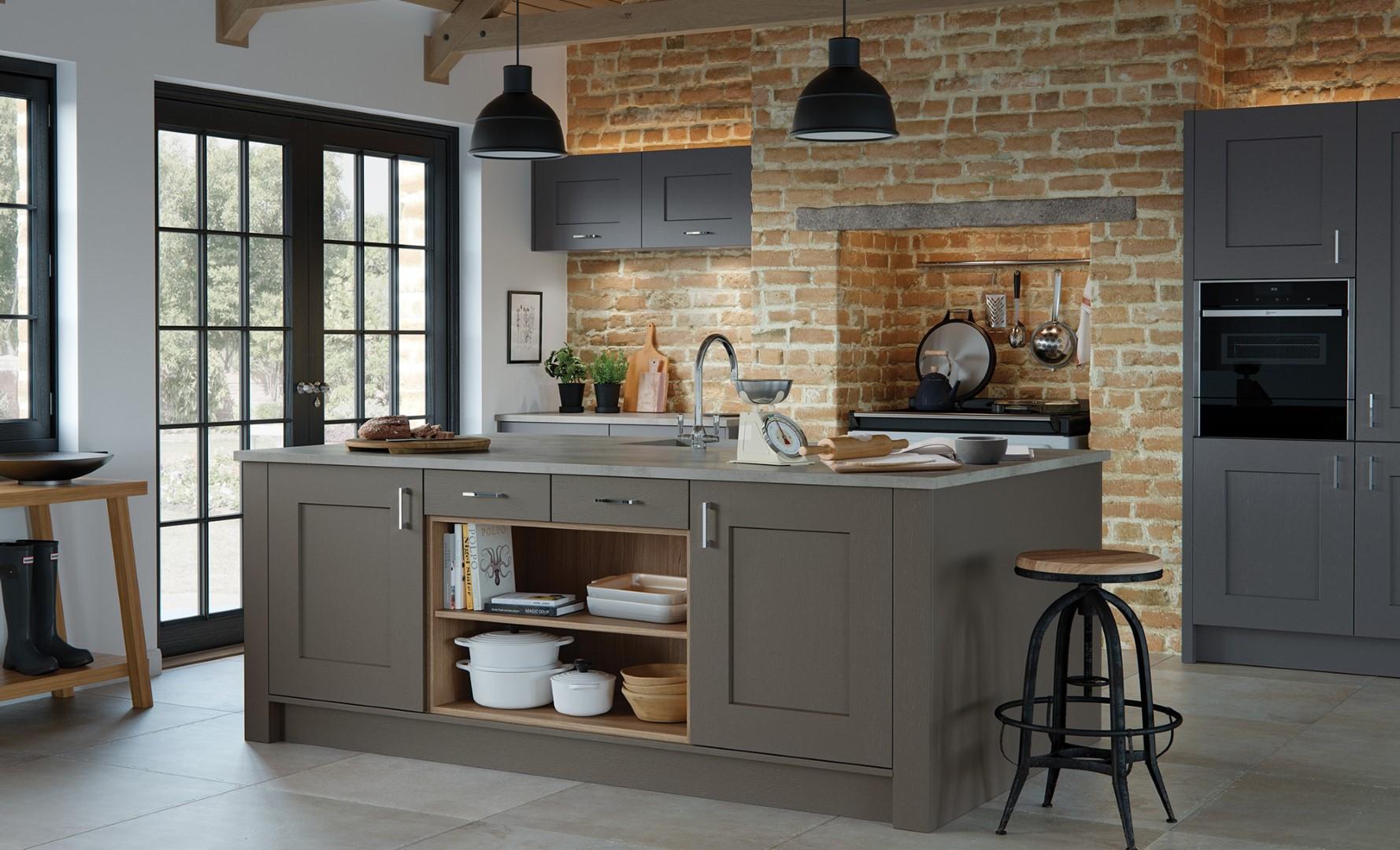 Classic Traditional Kitchen - Clonmel Lava, Graphite Kitchen - Kitchen Design - Alan Kelly Kitchens - Waterford