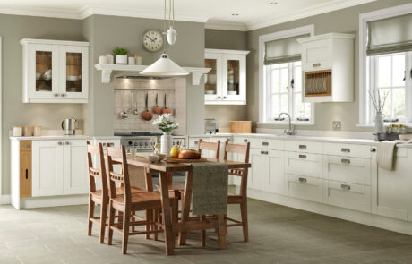 Classic Traditional Kitchen - Kensington Ivory Kitchen - Kitchen Design - Alan Kelly Kitchens - Waterford