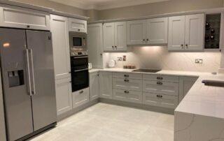 Wakefield Kitchen Door, Cornforth White Colour, Quartz Worktop Albaster Colour, Quartz Splashback - 2